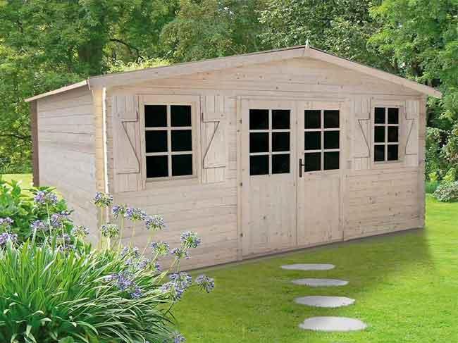Construire un abris de jardin en bois.